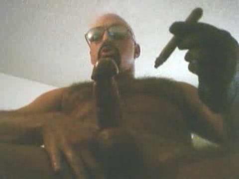 Cigars smoker wanking