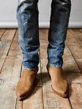 BOOTS/DRESS SHOES