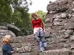 Shameless teen peeing in the open air