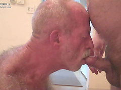 hairy back piss