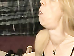 Mature blonde with nice deepthroating skills