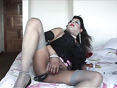 gourmand enjoys transvestite ass