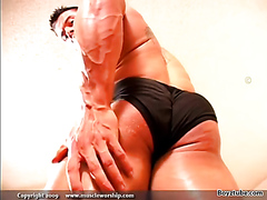 KYLE PARKER - MUSCLEWORSHIP