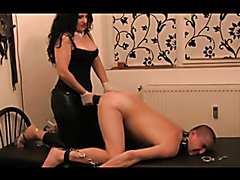 Kinky mistress uses a strap-on to bang her horny slave