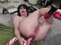 Webcam Mature - Anal Prolapse [Christmas Edition]