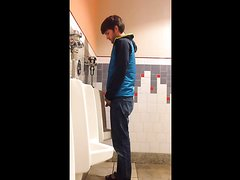 HOT MEN PISSING AT THE URINAL 3