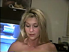 Blonde MILF is washing her mouth with urine