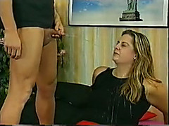 Sensual blonde gets two urine jets in her mouth