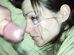 Wife takes a huge facial cumshot