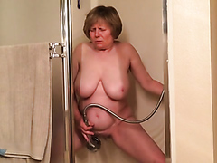 Granny cums hard in the shower