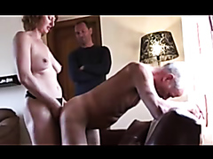 Kinky woman and a naughty man fuck an older friend