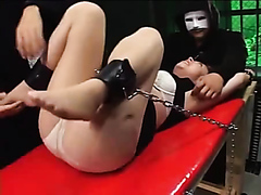 Tied up Japanese woman keeps on cumming