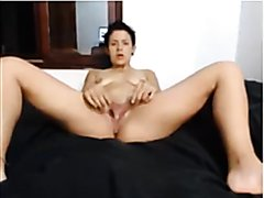 Latina Teen Has Extremely Long Pussy Lips And Big Cilt