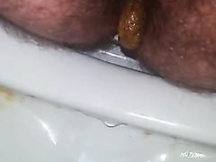 Italian boy shitting