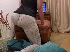 Cute Wet Mess: Pooping In Tight White Leggings