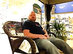 Bear Cum in Store - Public