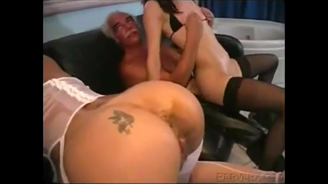 Acident Pooping Porn messy accident during assfucking on the pornset - anal porn