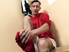 Twink Feet & Jerk Off
