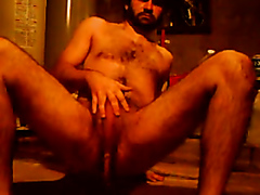 Hot hairy dude taking a dump