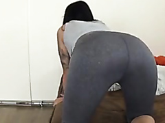 hot girl big butt farting
