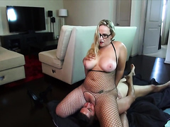 Housewife with fat ass loves to sitting on a stranger's face
