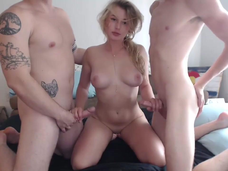 girls having really hardcore sex