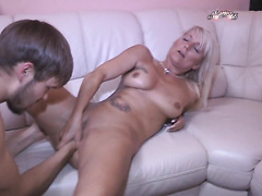 Hot Sexy German Boy FFist & Fucks Milf