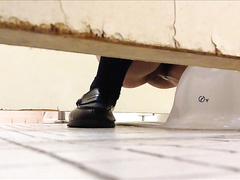Toilet voyeur cam in Japan