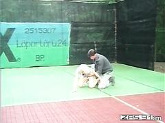 tenis fisting