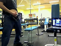 Jerk pees in the weight room