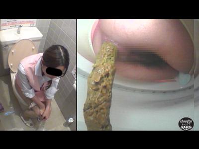 Alluring babe pooping diarrhea japanese girls in toilet