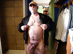 Daddy  Nipple-play