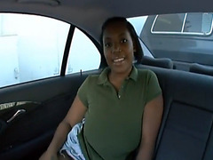 Messy creampie in curvy black chick fucking in car