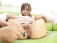 Petite Japanese doll shaves her pussy