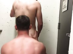 Guys Fuck in Stairwell