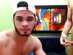 Amateur Latino Guys On Cam