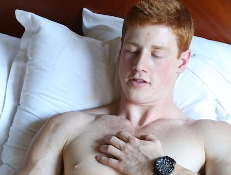 Ginger muscular twink jerking off