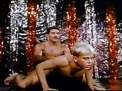 VINTAGE 664 - GAYRACULA (1983)