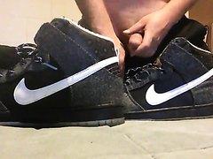 nike shoes cum nike shoes cum