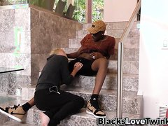 twink rides black-dick-amateur.