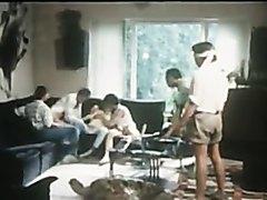 VINTAGE 1010 - L'AMOUR JALOUX (1986)