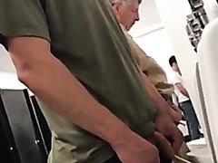 public urinal - video 2