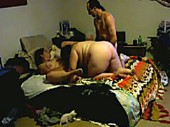 Fucking fat wives in a wild threesome video