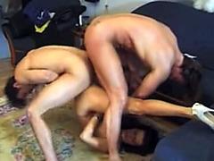 Flexible slut laid in double penetration video