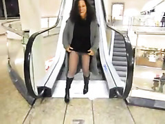 German girlfriend pees through pantyhose at the mall