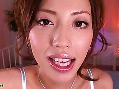 JAPANESE KISSING 12