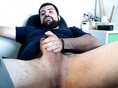 French bear with thick dick on webcam