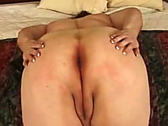 Fat woman with thick pussy lips fucked in hotel room