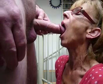 blowjob Loving wife