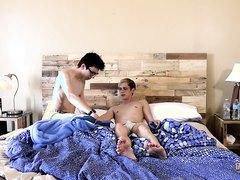 HOT 215 - TWINKY SLEEPOVER